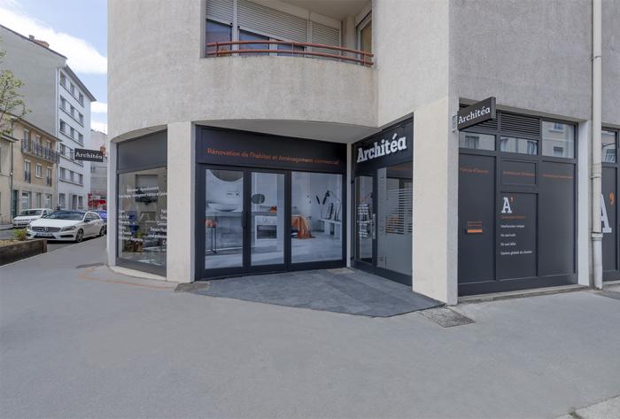 réseaux commerciaux et franchises rénovation et aménagement de l'atelier lyon-est par Architéa 69 Lyon Est