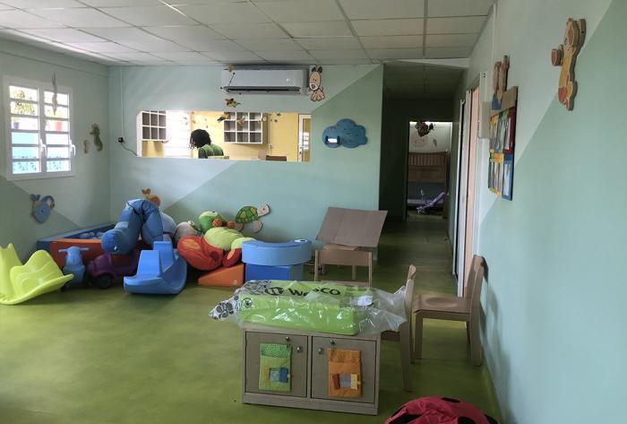 domaine médical rénovation d'une crèche remire-montjoly, guyane par Architéa 973 Guyane