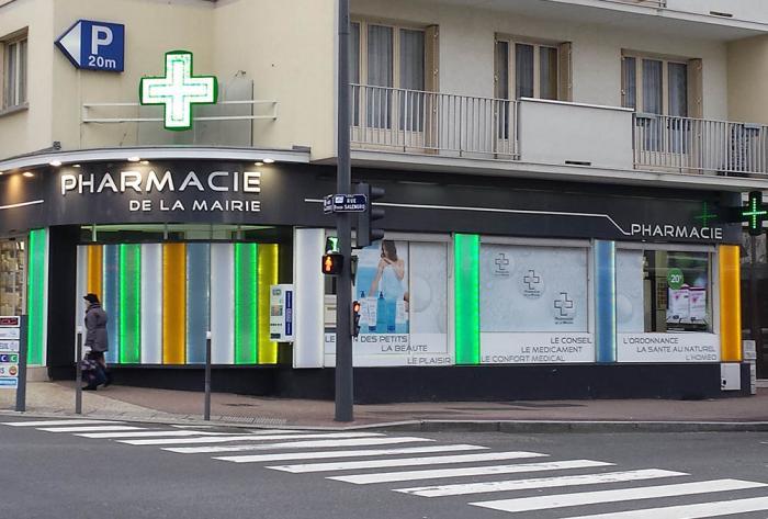 pharmacie rénovation extérieure d'une officine à lyon par Architéa 69 Lyon Ouest